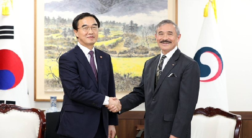 Unification Minister Cho meets with new US Ambassador to South Korea Harry Harris