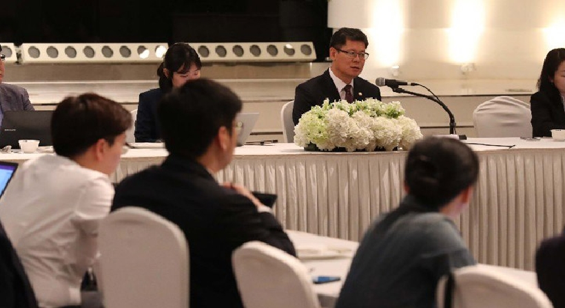 Unification Minister Kim participates in luncheon meeting with Ministry of Unification press corps