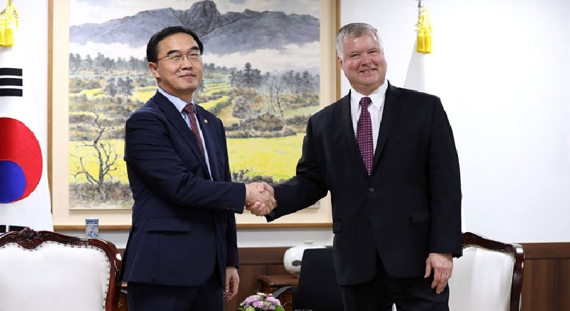 Unification Minister Cho meets with Stephen Biegun, the US Special Representative for North Korea