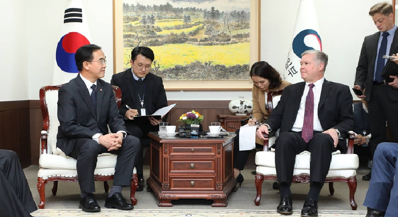Unification Minister Cho meets US Special Representative for North Korea Stephen Biegun